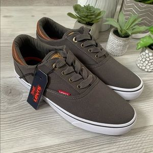 LEVI'S ethan canvas sneakers NWT